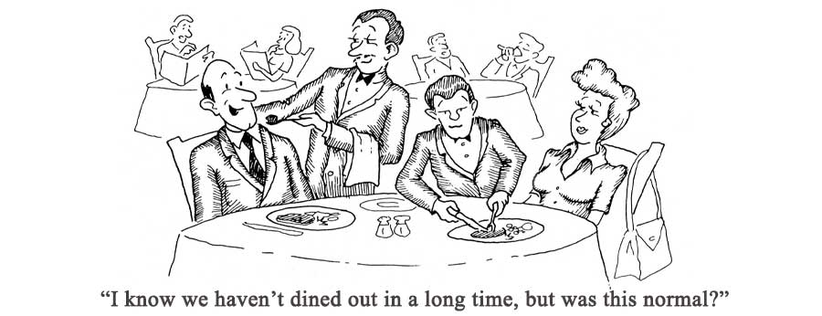 経済が再開する中、レストランで客の食事を減らすウェイター。